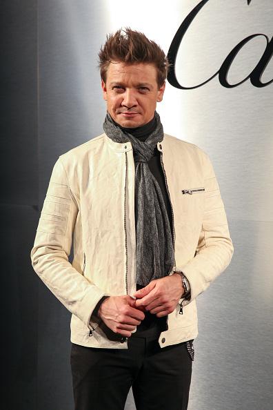 Jeremy Renner「Cartier Celebrates The Launch Of Santos de Cartier Watch - Arrivals」:写真・画像(16)[壁紙.com]