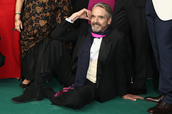 Jeremy Irons「'The Man Who Knew Infinity' Premiere And Opening Ceremony - Zurich Film Festival 2015」:写真・画像(0)[壁紙.com]