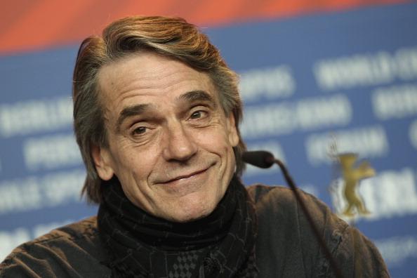 Jeremy Irons「61st Berlin Film Festival - Margin Call - Photocall」:写真・画像(2)[壁紙.com]
