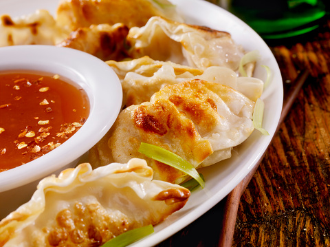 Sweet And Sour Dish「Dumplings With Sweet and Sour Sauce」:スマホ壁紙(7)