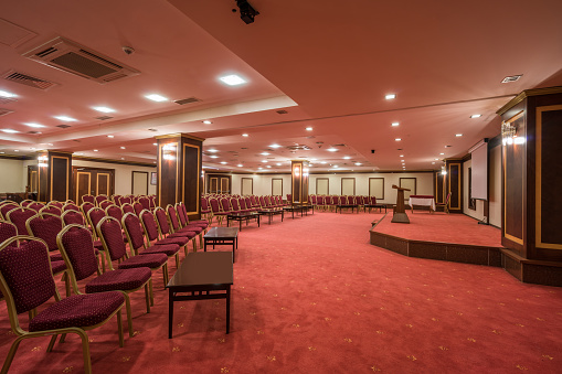 Meeting「Interior of modern conference hall」:スマホ壁紙(8)
