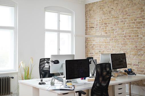 Office Chair「Interior of a modern office」:スマホ壁紙(2)