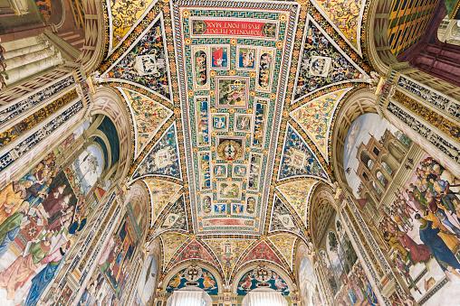 Duomo Di Siena「Interior of Siena Cathedral, Siena, Italy」:スマホ壁紙(10)