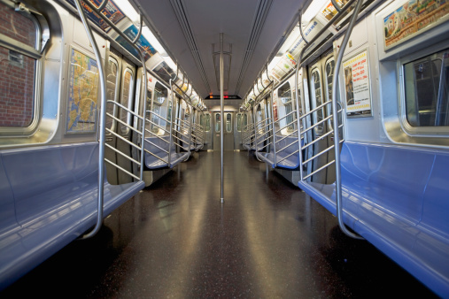 Rush Hour「Interior of subway train, New York City, New York, United States」:スマホ壁紙(0)