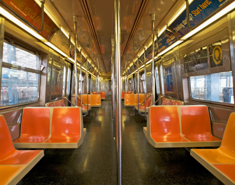 Public Transportation「Interior of subway train, New York City, New York, United States」:スマホ壁紙(12)