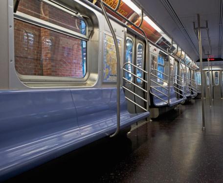 Railway「Interior of subway train, New York City, New York, United States」:スマホ壁紙(19)