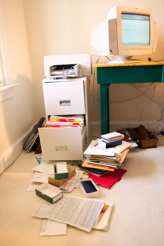 Filing Cabinet「Interior of a home office with the computer monitor on the desk, open file cabinet and a mess of files and papers on the  floor」:スマホ壁紙(18)