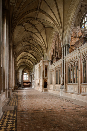 Roman「Interior of Winchester Cathedral, Hampshire」:スマホ壁紙(5)