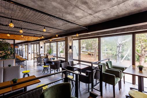 Ceiling「Interior of a modern industrial design pub」:スマホ壁紙(11)