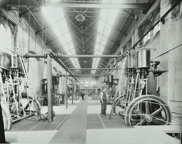Machinery「Interior Of Engine The House At Crossness Sewage Treatment Works, London, 1894」:写真・画像(15)[壁紙.com]