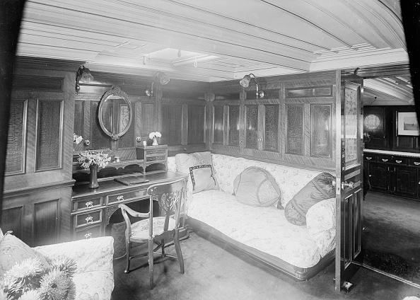 Wood Paneling「Interior Of Boudoir On Venetia」:写真・画像(11)[壁紙.com]