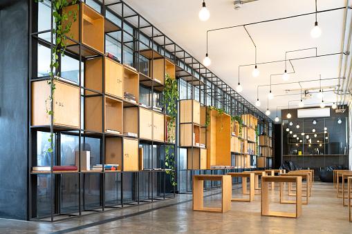 Open「Interior of modern office empty」:スマホ壁紙(17)