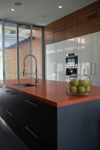 Spraying「Interior of modern kitchen with spray nozzle」:スマホ壁紙(8)