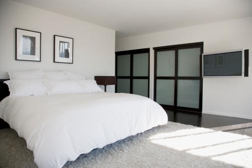 California「Interior of modern bedroom」:スマホ壁紙(15)