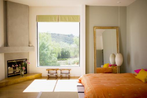 USA「Interior of modern bedroom」:スマホ壁紙(18)