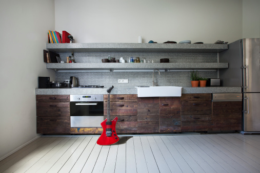 Guitar「Interior of kitchen with electric guitar」:スマホ壁紙(6)