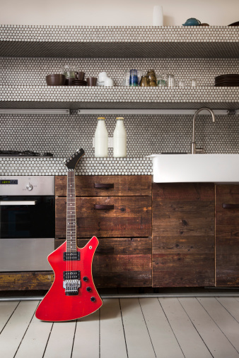 Electric Guitar「Interior of kitchen with electric guitar」:スマホ壁紙(10)