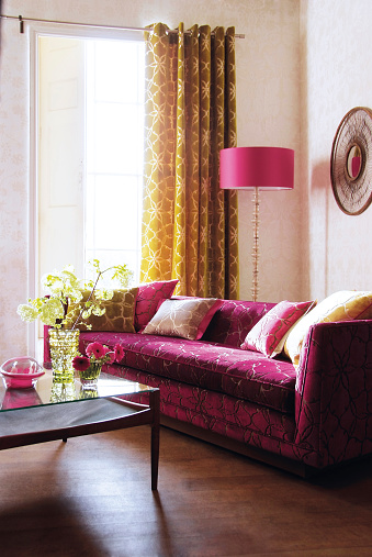 Gold Colored「Interior of sofa in living room」:スマホ壁紙(11)