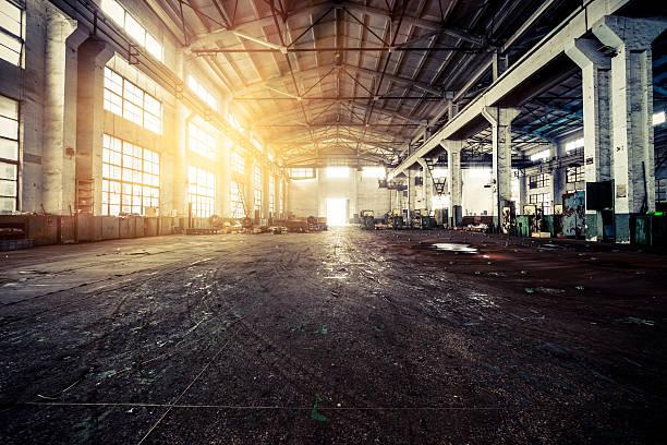 Interior of a Abandoned Factory:スマホ壁紙(壁紙.com)