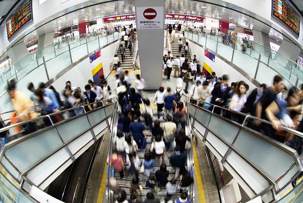 Shinjuku Ward「Interior of Keiyo Railway Station at Shinjuku, Tokyo, Japan」:写真・画像(6)[壁紙.com]