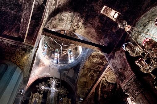 Trikkala「Interior of Roussanou Monastery church」:スマホ壁紙(2)
