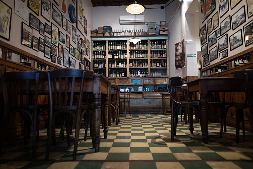Buenos Aires「Interior of traditional coffee shop in Buenos Aires」:スマホ壁紙(19)
