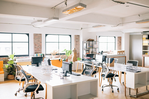 Small Office「Interior of open office space」:スマホ壁紙(17)
