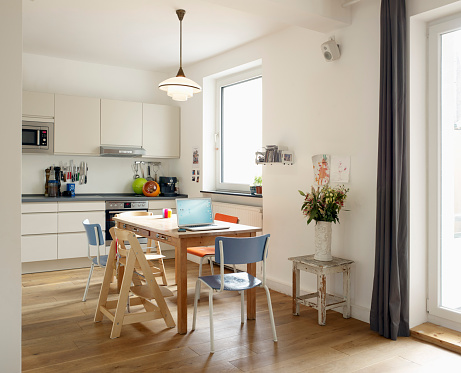 Portability「Interior of domestic kitchen」:スマホ壁紙(1)