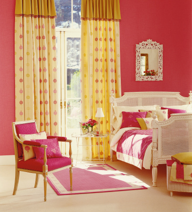 Duvet「Interior of pretty Master Bedroom」:スマホ壁紙(13)