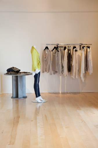 Boutique「Interior of a fashionable clothes boutique」:スマホ壁紙(9)