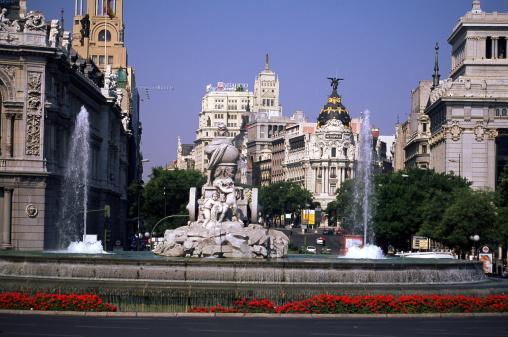Boulevard「Calle de Alcala, Madrid」:スマホ壁紙(4)