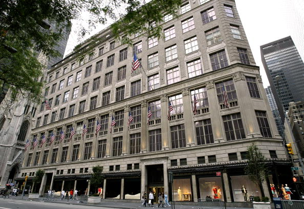 Saks Fifth Avenue「Stock Images Of Store Fronts」:写真・画像(3)[壁紙.com]