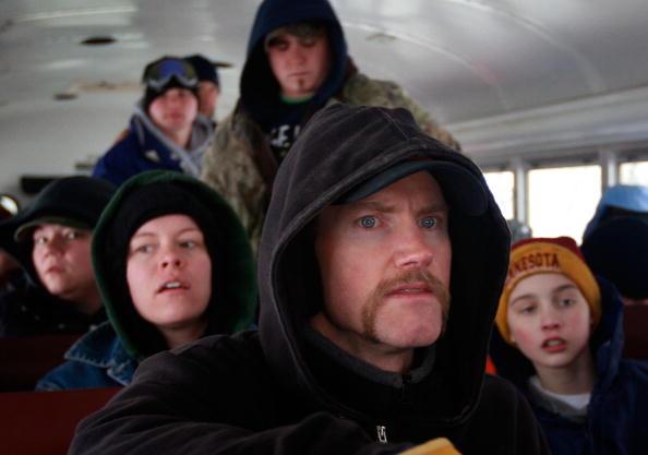 School Bus「North Dakota's Red River Valley Prepares For Flooding」:写真・画像(18)[壁紙.com]