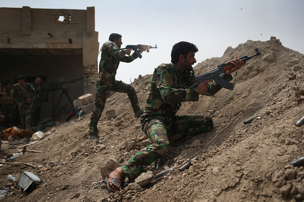 John S「Iraqi Forces Battle ISIS In Anbar Province As Casualties Mount」:写真・画像(11)[壁紙.com]