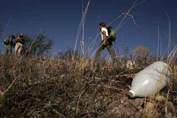 Obsolete「Volunteers Patrol Borderlands To Aid Migrants In Distress」:写真・画像(9)[壁紙.com]