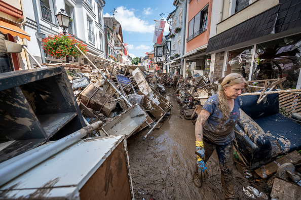 Topix「Germany Continues Evacuation And Rescue From Floods As Death Toll Rises」:写真・画像(4)[壁紙.com]