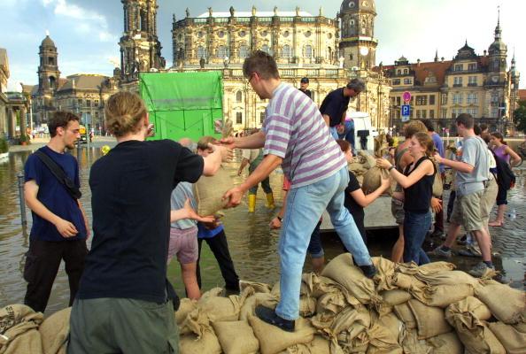 Sandbag「Flooding in Germany」:写真・画像(8)[壁紙.com]