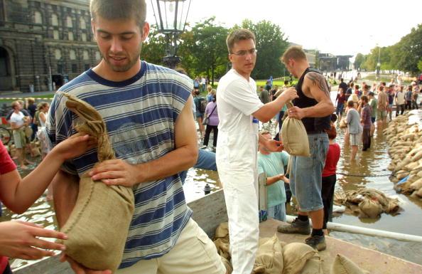 Sandbag「Flooding in Germany」:写真・画像(9)[壁紙.com]