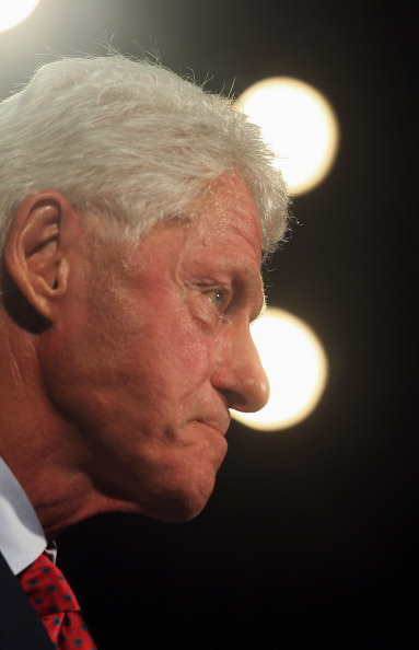 Florida International University「Bill Clinton Campaigns For Obama In Miami」:写真・画像(8)[壁紙.com]