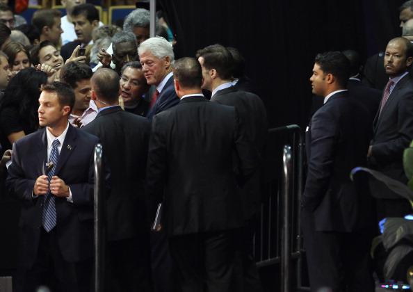 Florida International University「Bill Clinton Campaigns For Obama In Miami」:写真・画像(0)[壁紙.com]