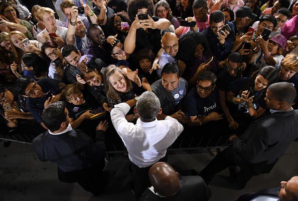 University of Nevada Las Vegas「Former President Obama Speaks At Rally For Nevada Democrats In Las Vegas」:写真・画像(9)[壁紙.com]