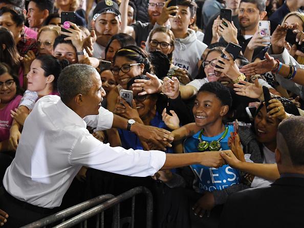 University of Nevada Las Vegas「Former President Obama Speaks At Rally For Nevada Democrats In Las Vegas」:写真・画像(8)[壁紙.com]