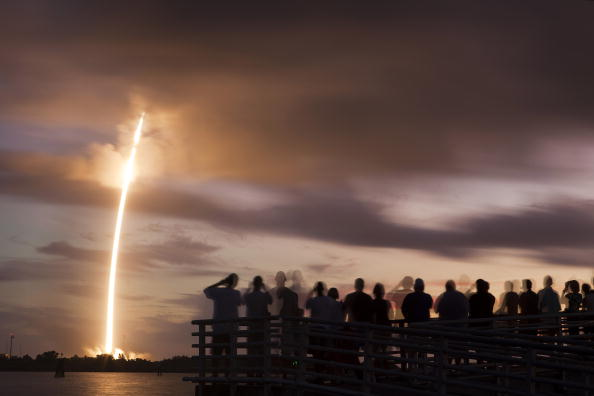 Cape Canaveral「Last Delta II Rocket Launches After 20 Years Of Missions For Air Force」:写真・画像(5)[壁紙.com]