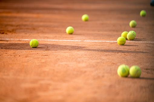 クレイコート「クレーコートでテニス ・ ボール」:スマホ壁紙(12)