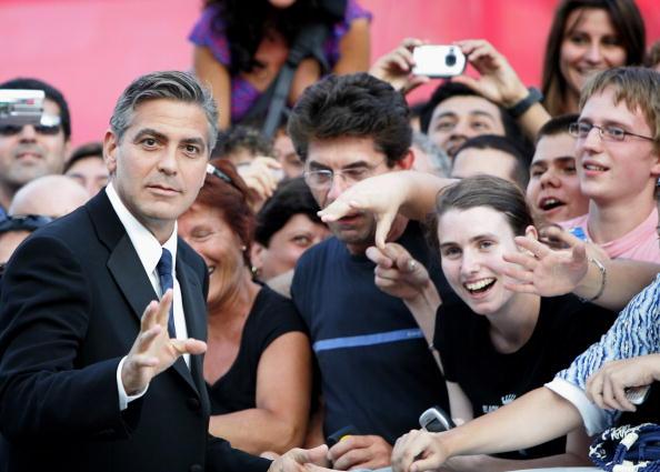 Palazzo del Cinema「62nd Venice Film Festival - Golden Lion Award」:写真・画像(18)[壁紙.com]