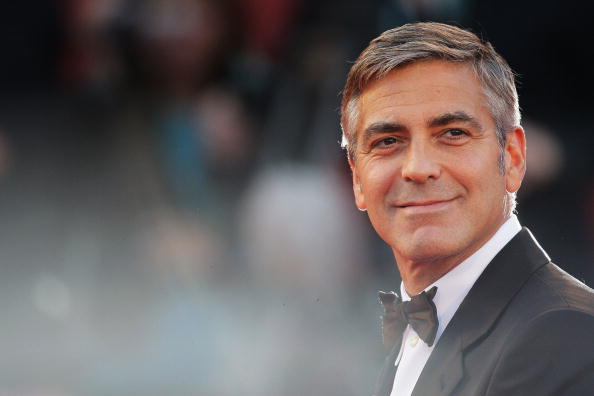 George Clooney「The Men Who Stare At Goats Red Carpet - 66th Venice Film Festival」:写真・画像(1)[壁紙.com]