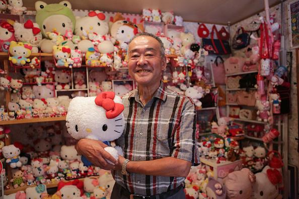 千葉県「Retired Japanese Policeman Seaks Solace In World's Biggest Hello Kitty Collection」:写真・画像(11)[壁紙.com]