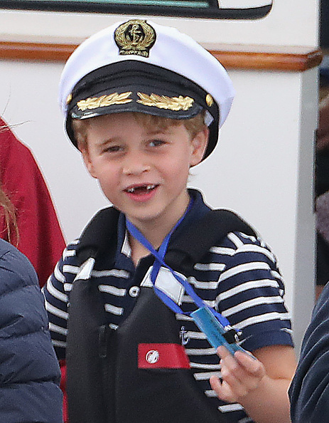 Prince George of Cambridge「The Duke And Duchess Of Cambridge Take Part In The King's Cup Regatta」:写真・画像(1)[壁紙.com]