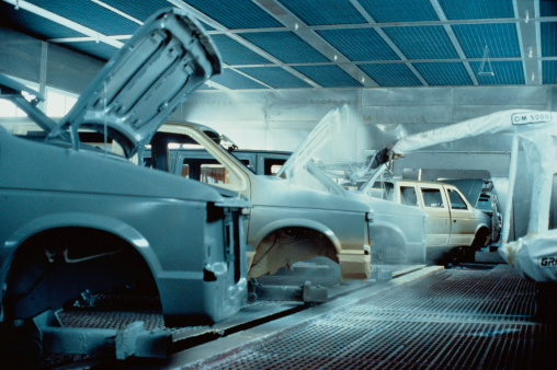 Spraying「Robot  Sprays Cars in Factory」:スマホ壁紙(18)