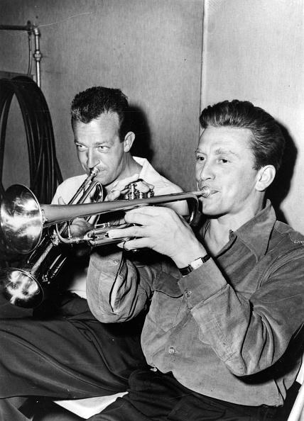 金管楽器「Douglas And James」:写真・画像(16)[壁紙.com]